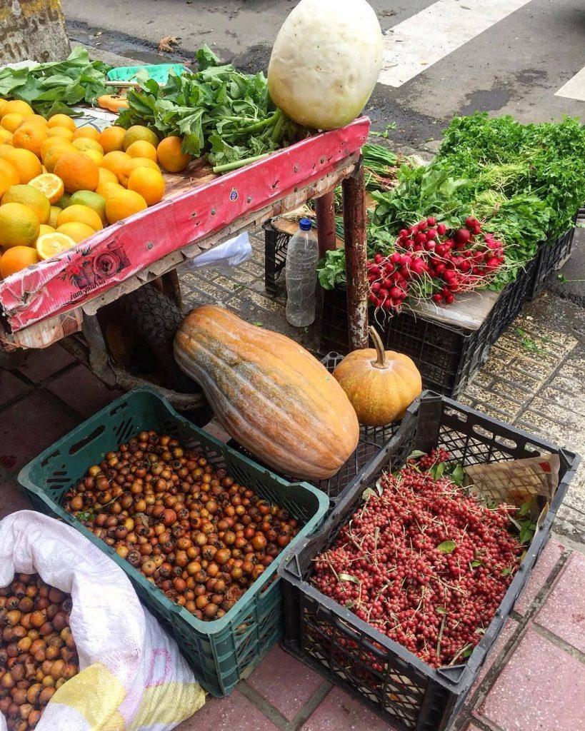 خرید های پاییزی در بازار های محلی گیلان