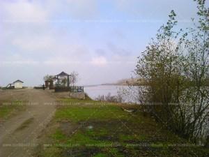 ساحل روستای زهنده