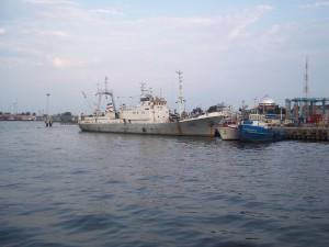 عکس کشتیهای بندر انزلی